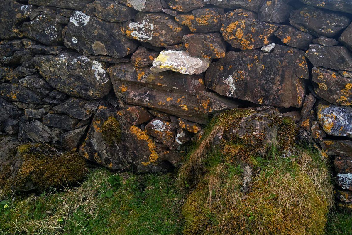Wall between Port Castle and Port a' Charrain